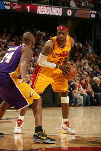 Lebron_james_nba_090208_clevslal04