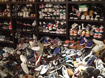 Sneakercroset1